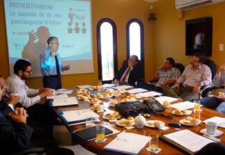 Éxito de José Antonio Arrieta en su charla en Perú