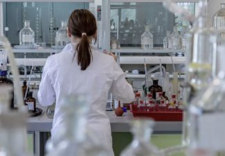 Ayudas para la contratación de doctorandos y doctorandas por empresas y organismos de investigación y difusión de conocimientos